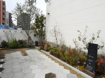 5入口庭園.jpg
