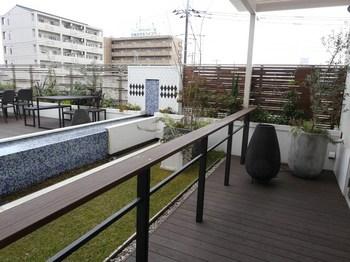 40屋上庭園.jpg