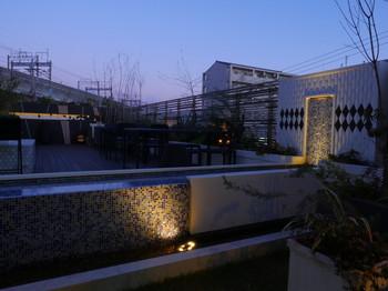 48庭園夜景0.jpg