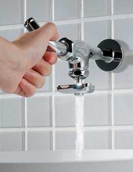パイプ上向き水栓3.jpg