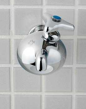 メタボな水栓2.jpg